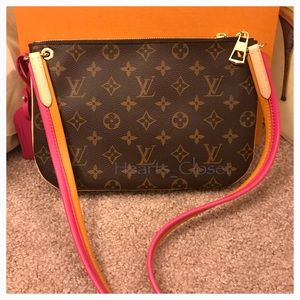 3a216c2cbad3 Louis Vuitton Bags - AUTHENTIC!! Louis Vuitton Lorette Crossbody